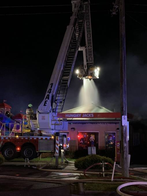 Kitchen canopy cleaning prevents fires
